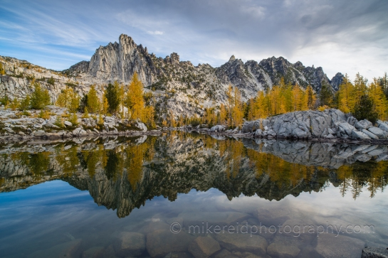 Enchantments hiking camping ultralight guide leavenworth larches