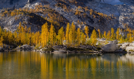 Leprechaun Lake Fall Colors