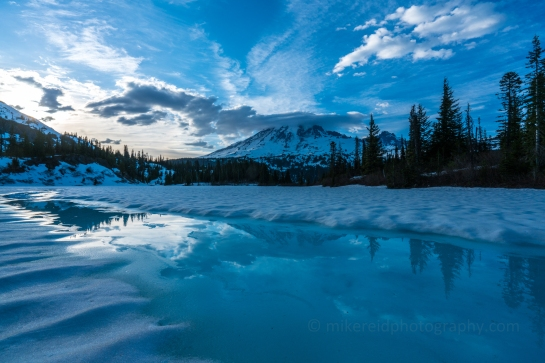 Mount Rainier Icy Cloudscape Reflection
