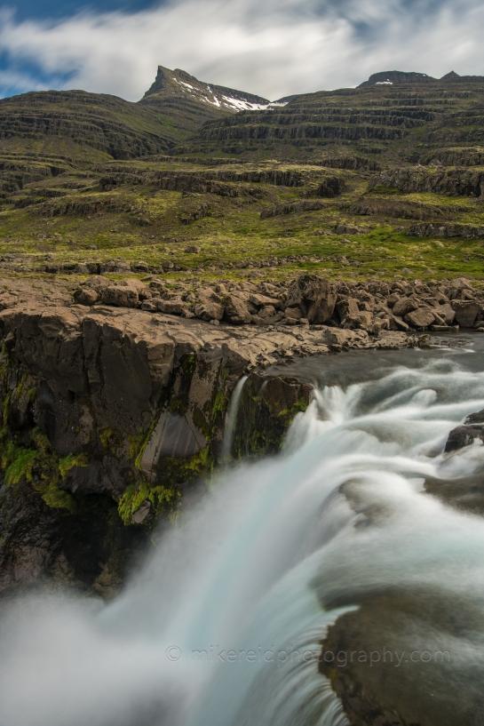 fossardalur falls iceland