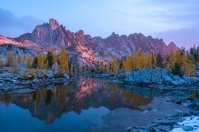 Prusik Peak and Leprechaun Lake at Sunrise. Sony a7r2 and Zeiss 16-35/4 Enchantments