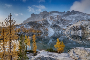 Enchantments Leprechaun Lake and McClellan Peak Light Snowfall. Sony a7r2 and Zeiss 16-35/4